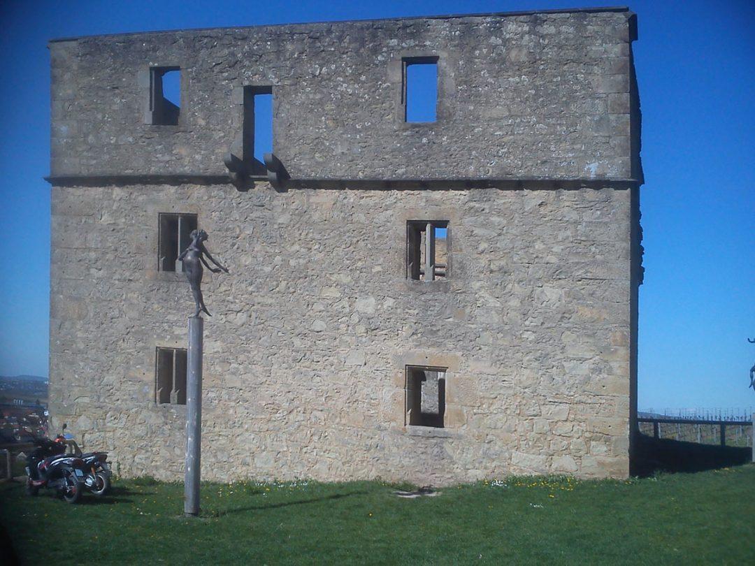 Y-Burg, Kernen im Remstal
