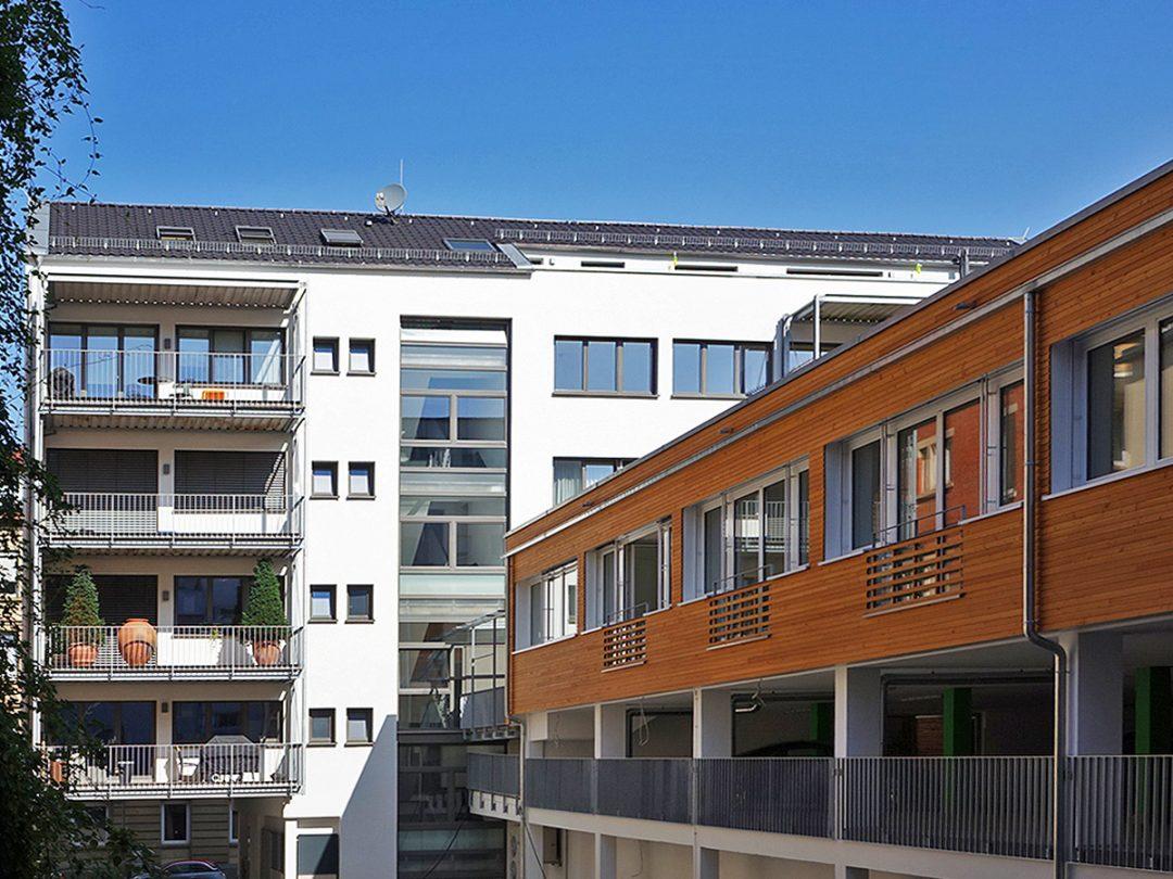 Wohn- und Geschäftshaus Heusteigstrasse 41, Stuttgart, Rückgebäude
