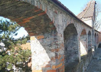 Arkadenmauer Weingarten